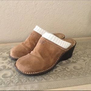 UGG Gael Leather Suede Wedge Mules Sz.9